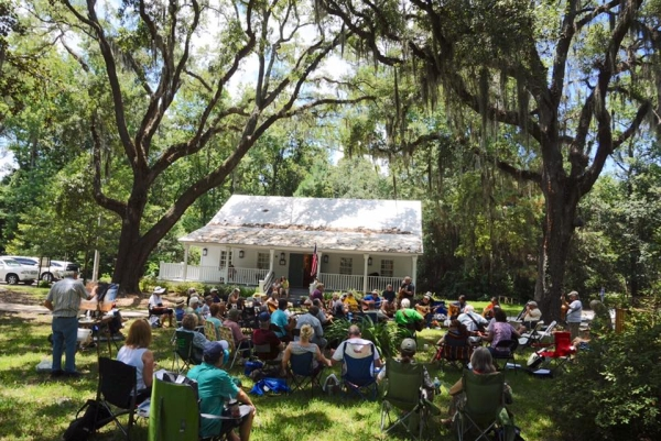Under The Oaks Jam at The Mandarin Museum